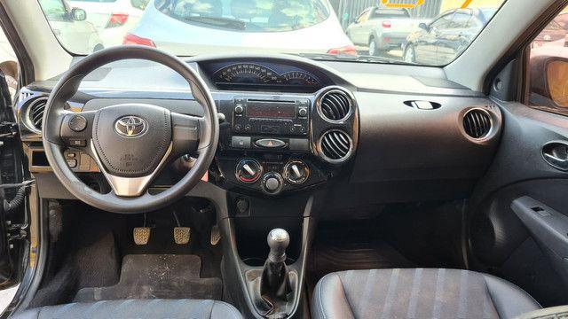 Toyota etios 1.5 xs 2016 impecável  - Foto 5