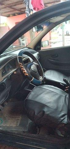 Vendo esse carro Fiat 2004 - Foto 2