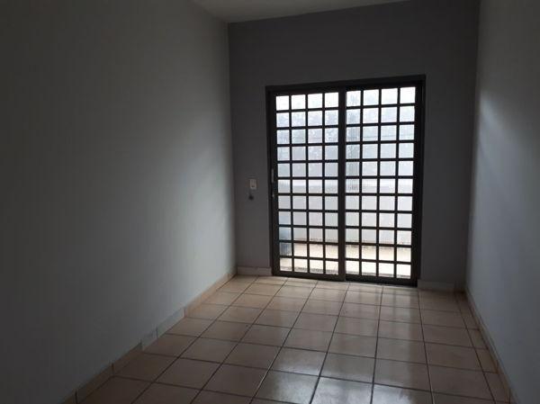 Apartamento  com 3 quartos no Delta EPI - Bairro Cidade Jardim em Goiânia
