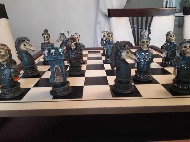 Jogo de xadrez temático medieval - Foto 4