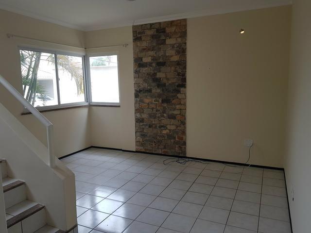 Casa Duplex em Condomínio para Locação