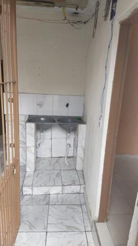 Casa 2 cômodos , banheiro e lavanderia muito bem arrumado - Foto 7