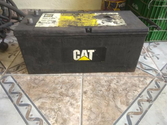 Bateria CAT usada 100 Ampére 4 meses de uso - Foto 2