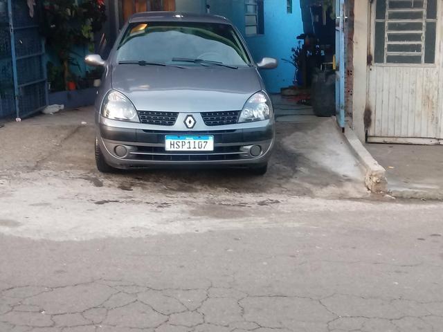 Clio sedan 1.6 completo R$11.500 abaixo da Fipe