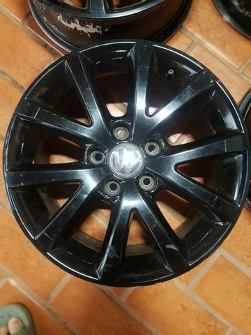 Roda ARO 16 VW Jetta/Passat Black Piano - Foto 3