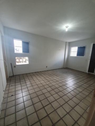 Apartamento espaçoso 3/4 sendo 1 suite - barro vermelho - Foto 6