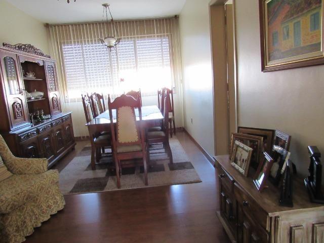 Apartamento três dormitórios,quarto andar - Foto 10