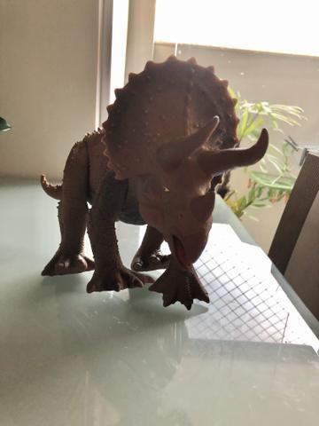 Dinossauro Triceraptos - Foto 3