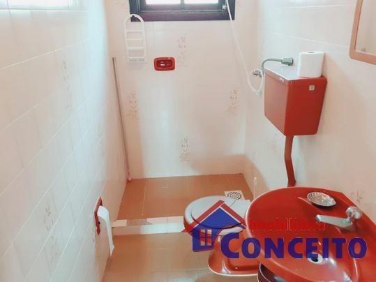 C98 - Bela residência em ótima localização - Foto 10