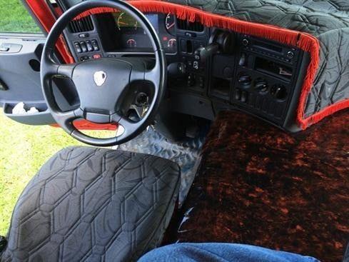 Scania P310 bitruck - 2015/2016 - vermelho - Foto 9