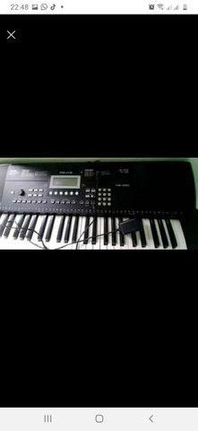Troco um teclado revas kb330 por um violao elétrico