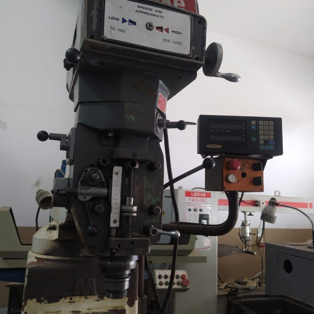 Fresadora iso40 com digital X e Y - Foto 2