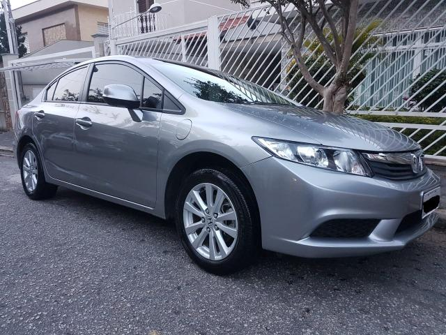 Awesome Honda Civic 1.8 LXS, 2013/2014, A/T, Couro E Multimídia