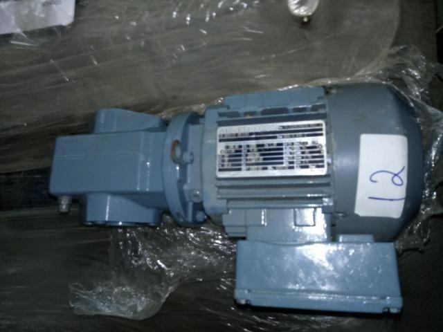 Motoredutores SEW - 12 unidades - vários modelos