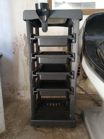 Kit novo completo de cabeleireiro lavatório cadeira e carrinho auxiliar - Foto 3