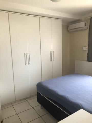 Alugo excelente apartamento mobiliado no centro da cidade - Foto 6