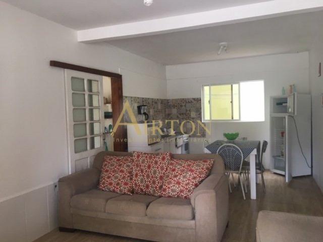 Aluguel, LC1009, Casa 3 Dormitorios, 6 vagas de garagem em Meia Praia - Foto 2