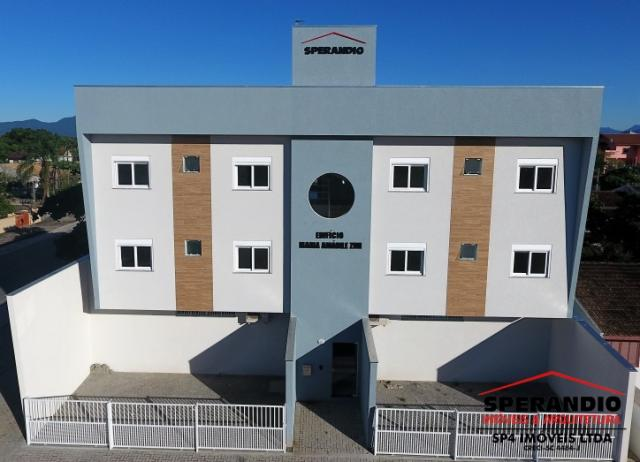 Apartamento novo na região Central de Itapema do Norte