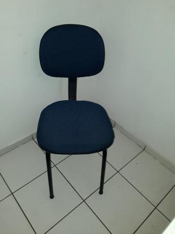 Birós e cadeiras de escritório