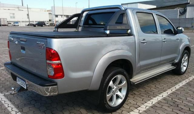 Toyota Hilux CD 4X2 Srv 2.7 Aut - Foto 5