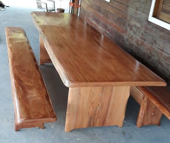 Fabricamos jogos de mesas de madeira maciça