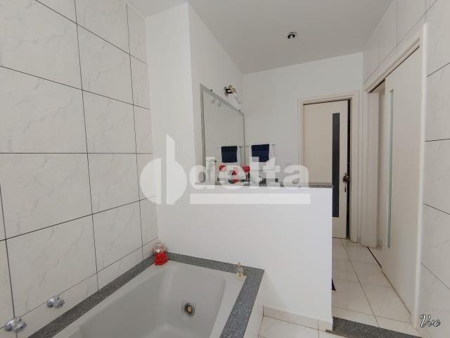 Casa à venda com 3 dormitórios em Jardim karaíba, Uberlândia cod:33979 - Foto 3