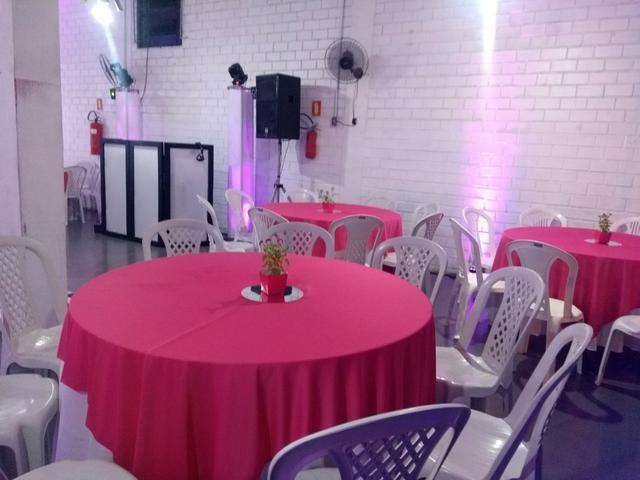 Barbada Mesas e cadeiras salão de festas - Foto 2