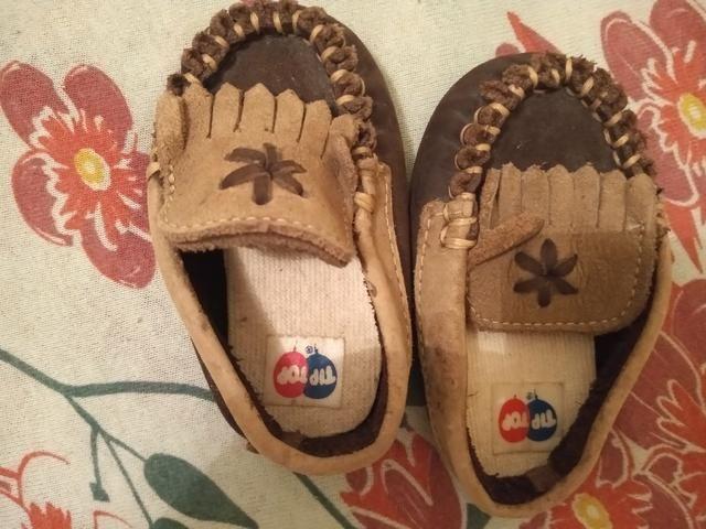 Lote de 7 calçados de menino - Foto 2