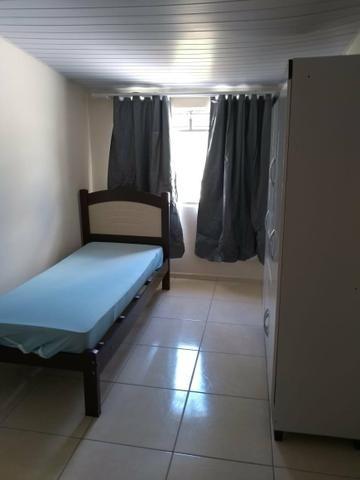 Quarto para rapazes próximo a faculdade Tuiuti Barigui! - Foto 2