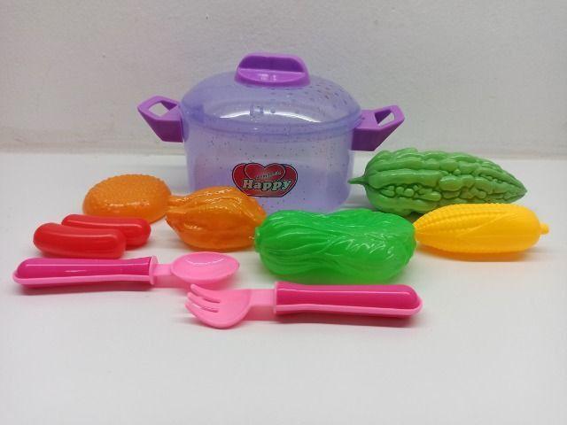 Panelinha Infantil Happy Family Cozinha Talheres E Frutinhas - Foto 3