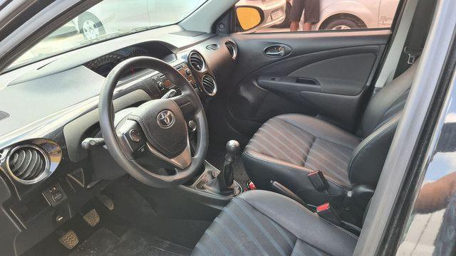 Toyota etios 1.5 xs 2016 impecável  - Foto 6