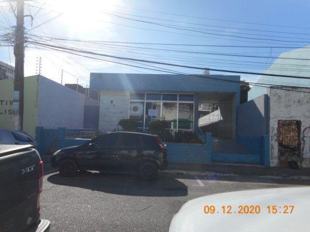 (432) alugo casa comercial na rua santa luzia bairro centro