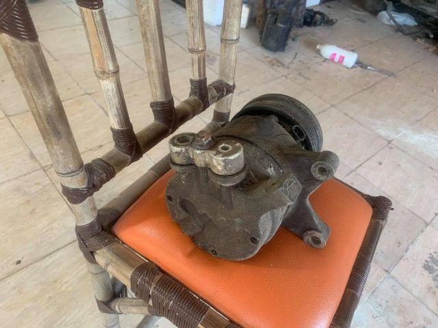 compressor ventoinhas e bomba de direcao omega australano - Foto 4