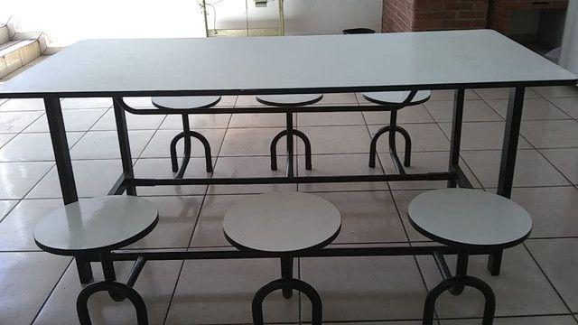 Mesa Refeitório com 6 Banquetas