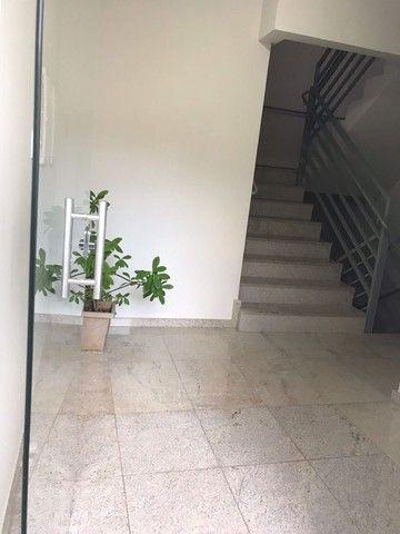 Excelente apto 3 qtos no bairro Jardim dos Comerciários- Venda Nova - Foto 3