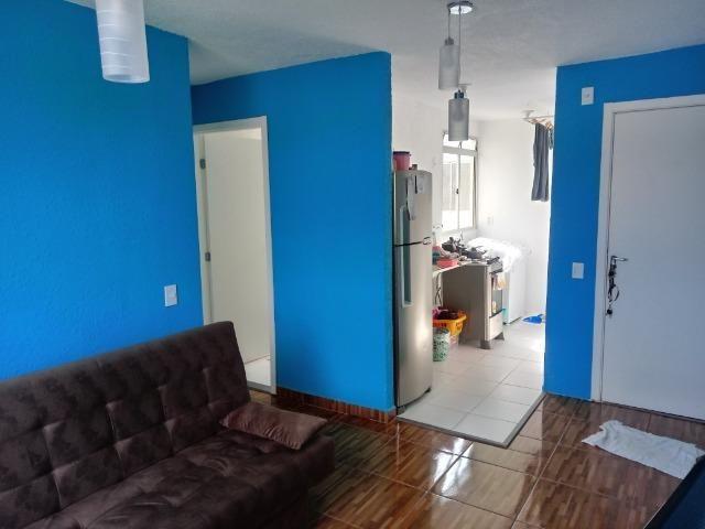 Alugo quarto em apartamento de 2 dormitórios mobiliado - Foto 4