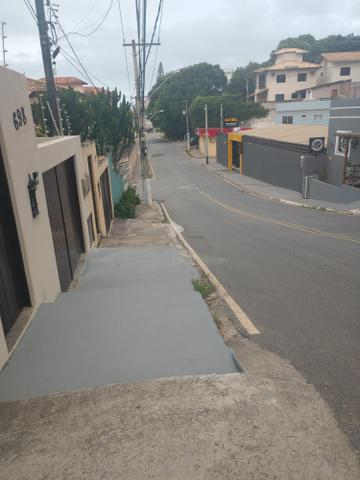 Casa 3 qts, suíte, dependência de empregada e garagem p/3 carros glória - macaé - Foto 2