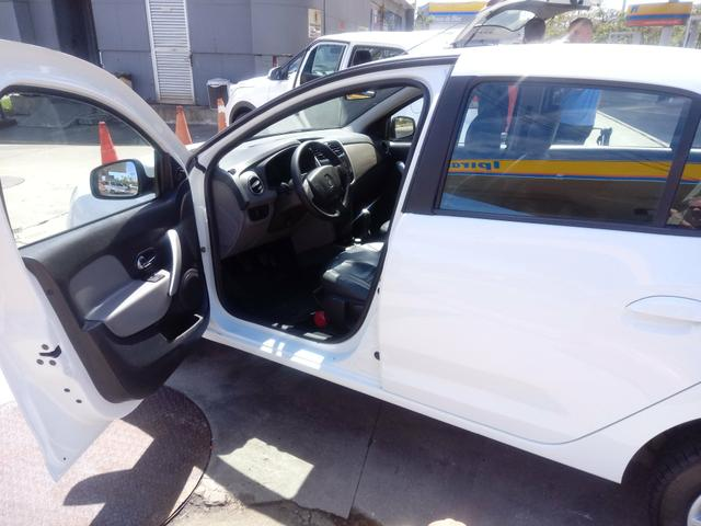 Renault logan 16/16 expression 58.500 km - Foto 7
