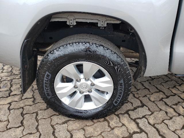 Toyota Hilux STD 2.8TDi 4x4 - Foto 7
