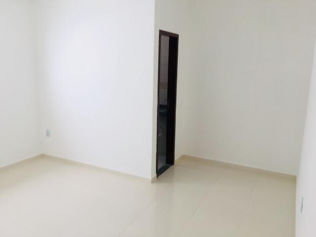 Linda casa com documentação gratis:fino acabamento, 3 quartos , 2 banheiros , 3 vagas - Foto 10