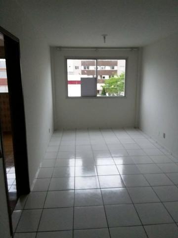 Aluga-se apartamento 2 quartos centro de Itajaí