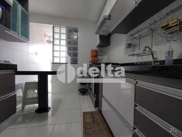 Apartamento à venda com 3 dormitórios em Saraiva, Uberlândia cod:33971 - Foto 11