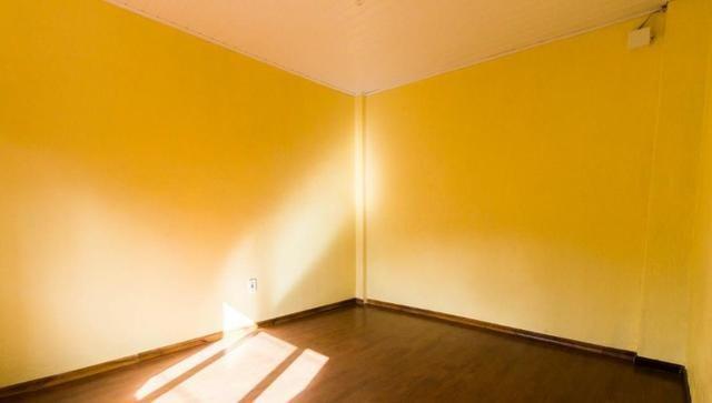 Casa para alugar parte superior 1 dormitório na Pereira Neto com sacada - Foto 6