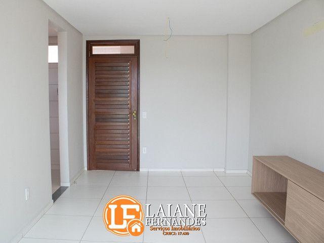 Apartamento à Venda com 02 ou 03 Quartos sendo 01 Suíte no bairro Limoeiro - Foto 4
