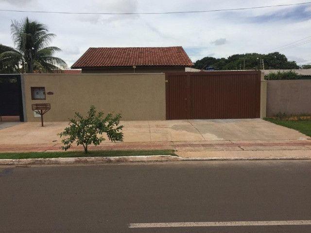 Lindas Casas são 02 Casas com entrada separa Nossa Sra. Das Graças