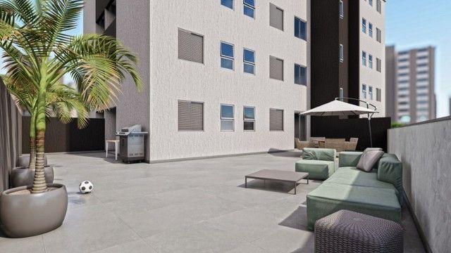 Apartamento de 2 Quartos no Nova Suíça com Suíte e Varanda  ! - Foto 2