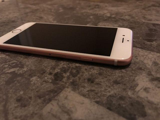 Iphone 6s rose 32 gb Completo tim 71 9 8766-2189