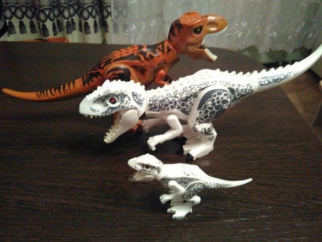 Lego Jurassic World - Foto 3