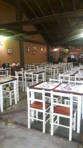 Mesa rústica para restaurante com 4 cadeiras