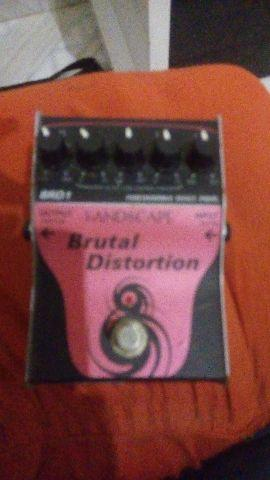Pedal brutal distortion